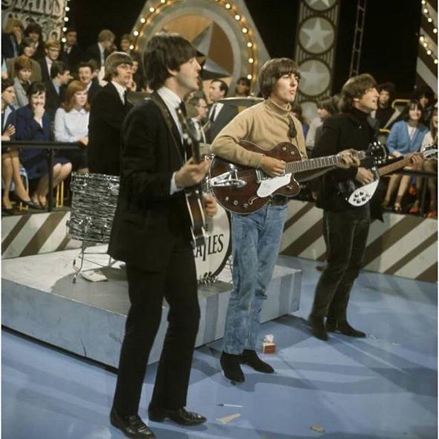Los Beatles bandas de rock satánicas