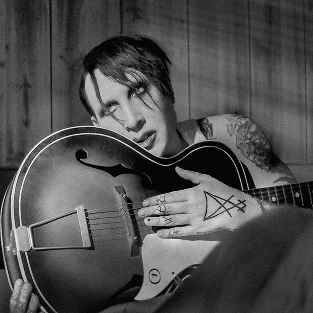 Marilyn Manson y su banda