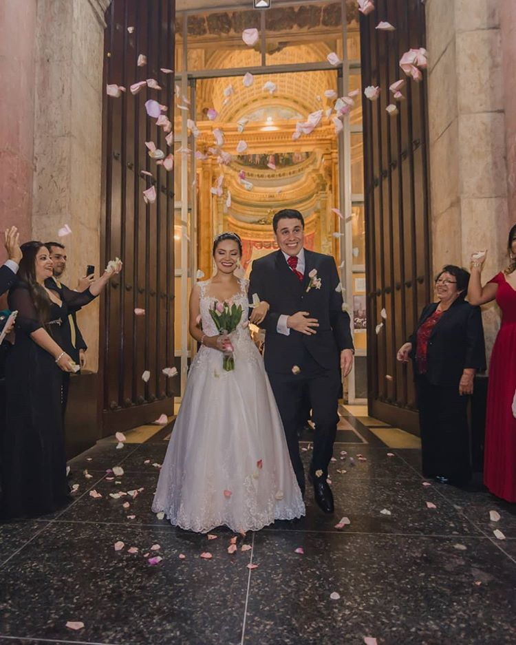 boda con petalos
